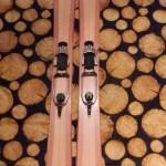 extrem breite handgemachte Holzski